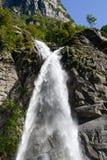 La cascada del santo Petronilla en Biasca Fotografía de archivo libre de regalías