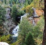 La cascada penosa grande de Tennessee vale la impulsión imagenes de archivo