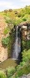 La cascade à écriture ligne par ligne de Jilabun, Hauteurs du Golan, Israël Image libre de droits