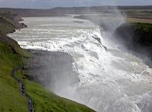 La cascade à écriture ligne par ligne la plus célèbre Gullfoss de l'Islande Images stock