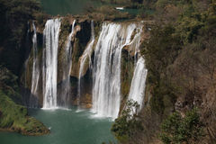 La cascade de Jiulong (dragon neuf) photo stock