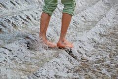 La cascata, paga nell'acqua, Immagini Stock Libere da Diritti