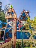 La casetta per giocare di Pippo in Toontown, Disneyland Fotografie Stock Libere da Diritti