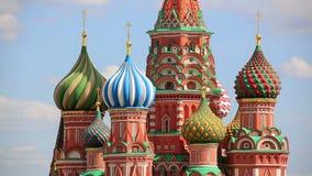 La catedral de la albahaca del santo, Moscú, Rusia almacen de metraje de vídeo