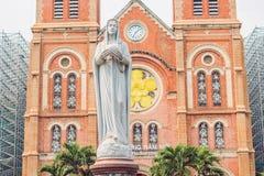 La catedral de Notre Dame de Saigon, construye en 1883 en la ciudad de Ho Chi Minh, Vietnam fotos de archivo libres de regalías