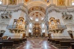 La catedral de Salzburg (Dom de Salzburger) en Salzburg, Austria Foto de archivo libre de regalías
