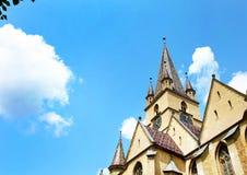 La catedral de St Mary, la iglesia más imponente del Lutheran de Sibiu, Rumania Fotografía de archivo