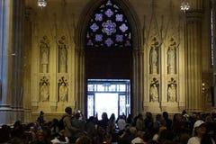 La catedral de St Patrick en Pascua 2019 108 imagenes de archivo