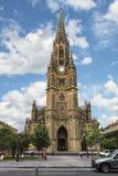 La catedral en San Sebastián es la estructura religiosa más grande del país vasco Fotografía de archivo