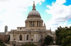 La catedral famosa del ` s de San Pablo, Londres, Reino Unido foto de archivo libre de regalías
