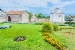 La catedral más pequeña del mundo en Nin, Croacia fotografía de archivo