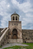 La catedral a partir del siglo XI, campanario de Svetitskhoveli Fotos de archivo