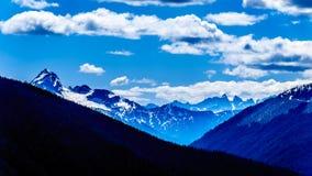 La catena montuosa della cascata BC nel Canada Immagine Stock
