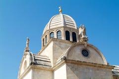 La cathédrale de la rue James dans Sibenik, Croatie Photographie stock