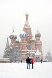 Cathédrale de St Basil en hiver Photo stock