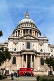 La cathédrale de St Paul à Londres Image libre de droits