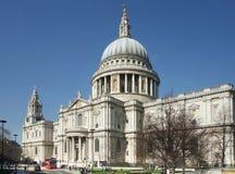 La cathédrale de St Paul, Londres Photos stock