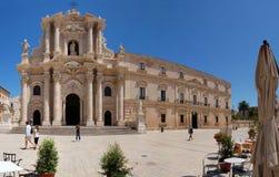 La cattedrale alla piazza del Duomo Fotografia Stock Libera da Diritti