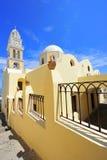 La cattedrale cattolica da Fira, Santorini, Greec Fotografie Stock