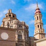 La cattedrale del Salvador di Catedral o del salvatore a Saragozza, Spagna Copi lo spazio per testo fotografia stock libera da diritti