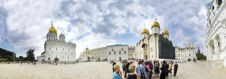 La cattedrale dell'arcangelo Michael Archangel Cathedral nel quadrato della cattedrale del Cremlino di Mosca La città di Mosca fotografia stock libera da diritti