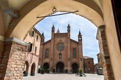 La cattedrale di alba Fotografia Stock Libera da Diritti