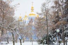 La cattedrale di St Michael nel freddo di inverno fotografie stock