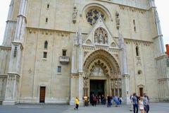 La cattedrale di Zagabria su Kaptol è un'istituzione e una n cattoliche Immagini Stock