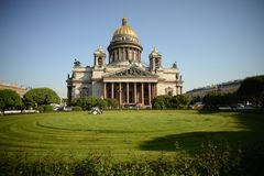 La cattedrale Isaakievskiy Sobor di Isaac del san di San Pietroburgo fotografie stock