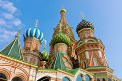 La cattedrale sul quadrato rosso Fotografia Stock