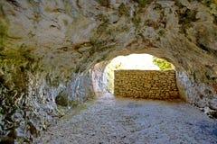 La caverna di Tito sull'isola di forza fotografia stock libera da diritti