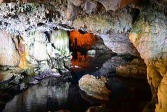 La caverne de Neptune en Sardaigne Photographie stock libre de droits