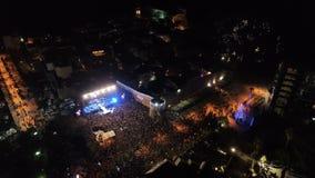 La celebración del Año Nuevo en la ciudad vieja de Budva almacen de metraje de vídeo