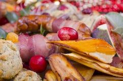La cena de la Navidad adorna foto de archivo libre de regalías