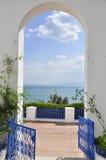 La cerca y la arcada azules asombrosas del bou del sidi dijeron Imagen de archivo libre de regalías