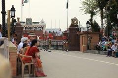 La cerimonia del confine di Attari Immagine Stock