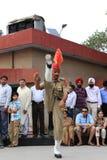 La cerimonia del confine di Attari Fotografia Stock