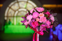 La cerimonia nuziale fiorisce il mazzo nuziale Decorazione di fioritura romantica, decorat Immagini Stock