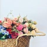 La cesta de flor fotografía de archivo libre de regalías