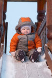 La chéri préparent pour glisser vers le bas les glissières pour des enfants Photos stock