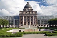 La chancellerie historique Bayerische Staatskanzlei d'état de Munich en Bavière Image libre de droits