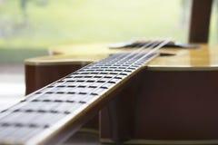 La chanson de guitare pour détendent Photographie stock libre de droits