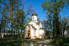 La chapelle de Dmitry Donskoy en dehors du mur oriental du monastère d'Andronikov moscou Image libre de droits