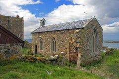 La chapelle de St Cuthbert, îles le Northumberland de Farne images libres de droits