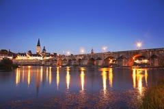 La Charite Sur Loire del puente fotografía de archivo libre de regalías