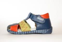 La chaussure des enfants images libres de droits