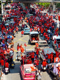La chemise rouge s'ameute Bangkok Images libres de droits