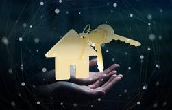 La chiave della tenuta dell'uomo d'affari con l'anello portachiavi della casa in sua mano 3D rende Fotografia Stock Libera da Diritti