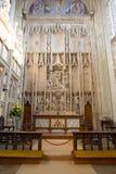 La chiesa altera la decorazione impressionante ed il soffitto alto Fotografia Stock Libera da Diritti