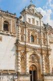 La chiesa cattolica ha chiamato Iglesia de San Francisco in Antigua, Guat Fotografia Stock Libera da Diritti
